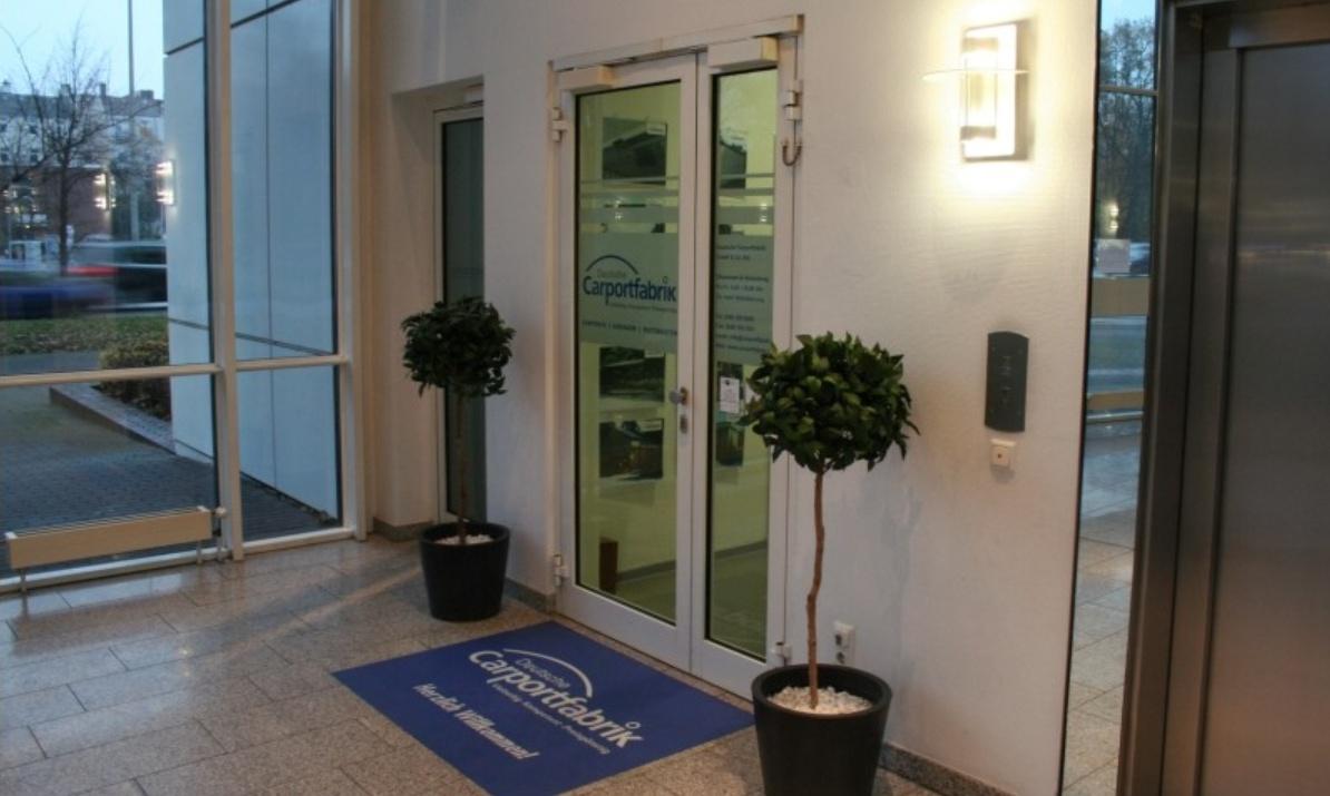 Eingang Showroom 2009