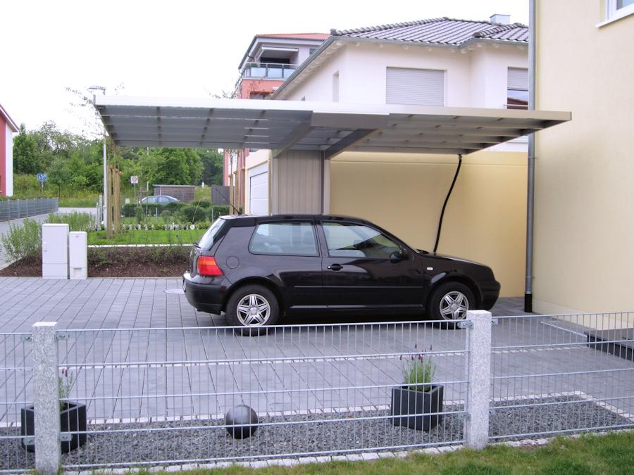 Elegantes frei schwebendes Carportdach aus Aluminium