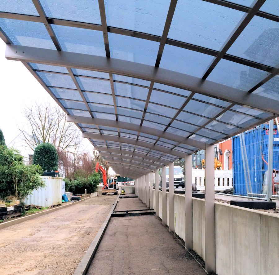Design-Carport AluPort Nagoya als Reihenanlage hintereinander (Fahrradunterstand)