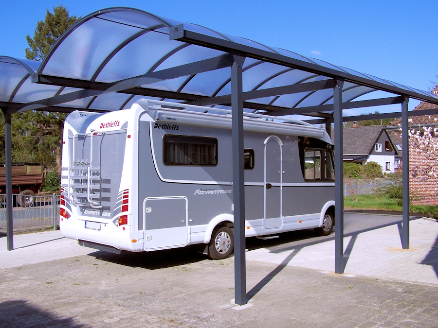 Doppelcarport für Wohnmobil aus Aluminium